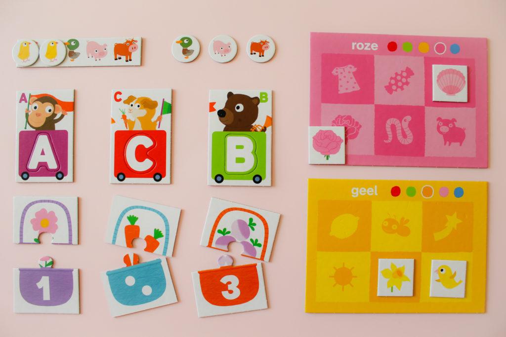 Leerspel letters, cijfers en kleuren